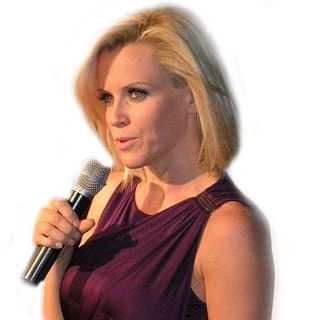 Actress Jenny McCarthy is looking for love via online dating